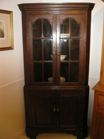 18th C Mahogany Corner Cupboard