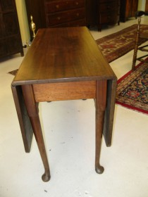 early 19th c Queen Anne Drop-Leaf Table