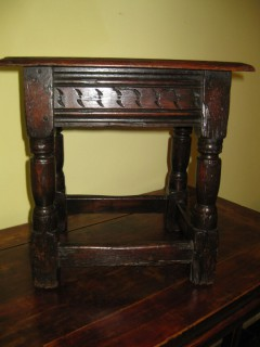 early 18th c Joint Stool