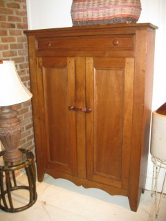 19th c American Cupboard SOLD