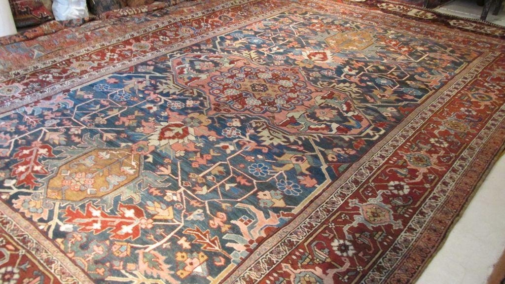 19th c Persian Heriz  9.6 x 13.6