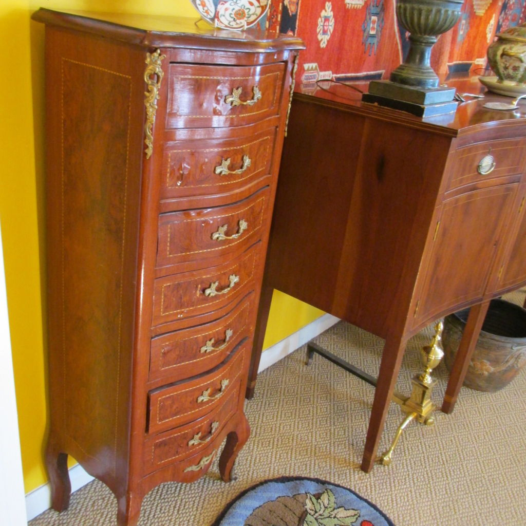 French 7 drawer Lingerie Chest