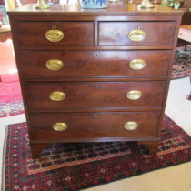 19th c English Mahogany Chest of Drawers