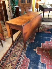 18th c American Tiger Maple Drop-Leaf Table     SOLD