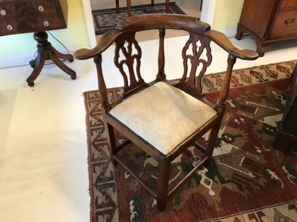 18th c American Corner Chair
