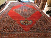 Antique Persian Bidjar 10.11 x 17.2