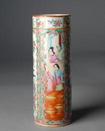 19th c Rose Medallion Vase