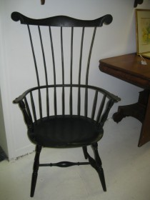 Connecticut Comb back Windsor Arm Chair